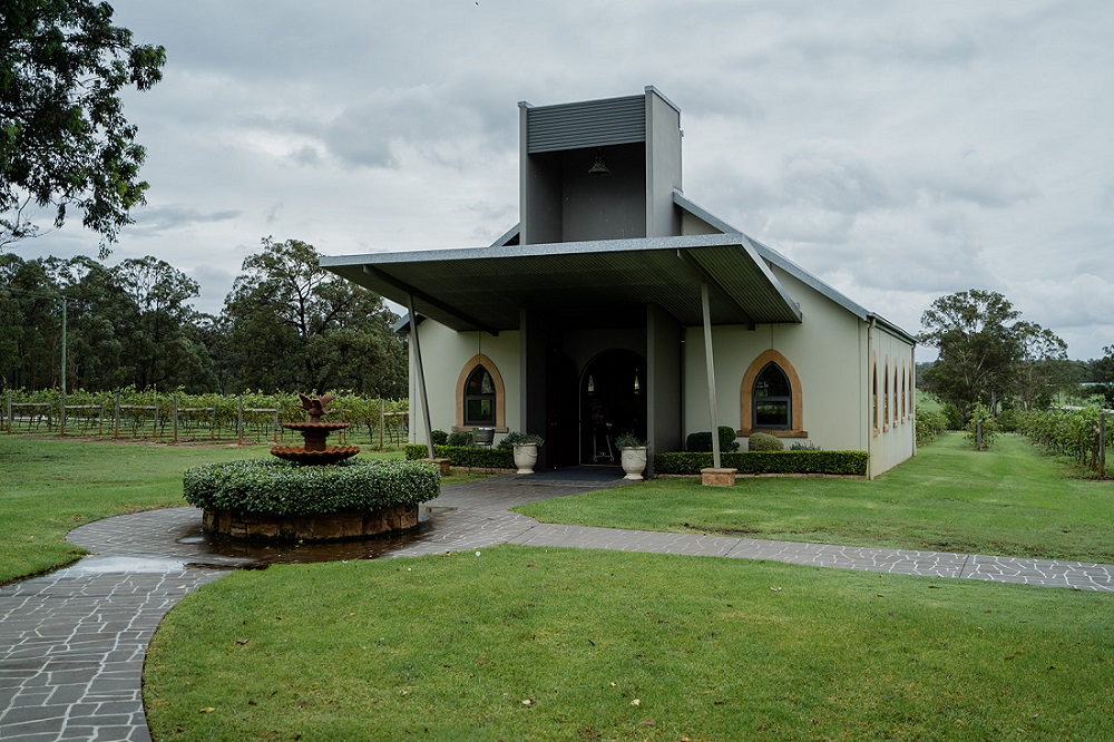wedding chapel enzo ironbark hill