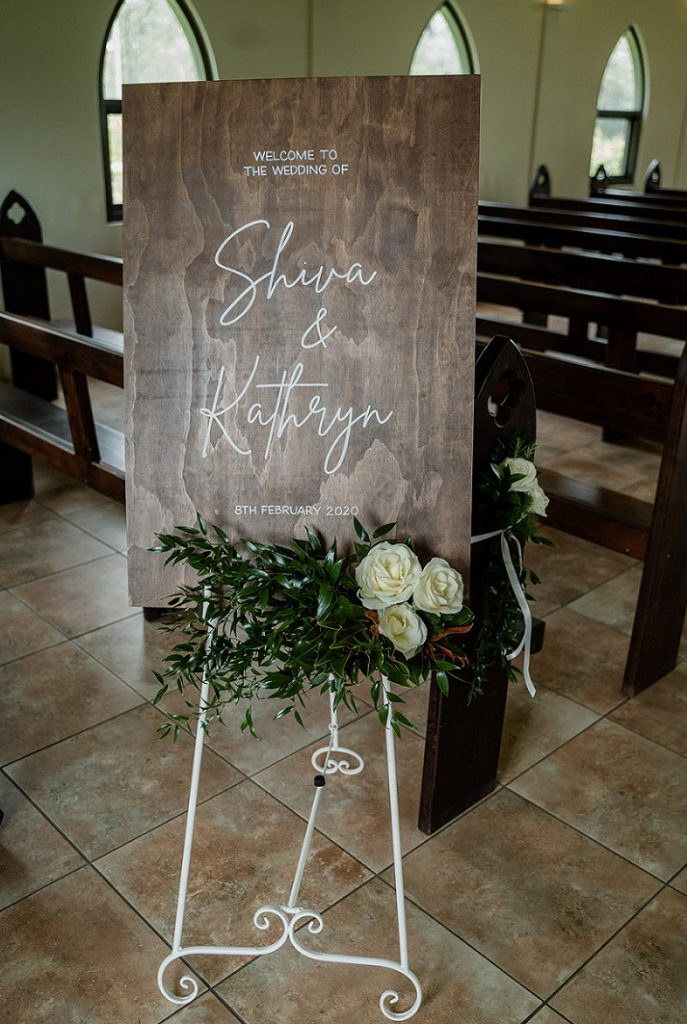 flowers wedding sign