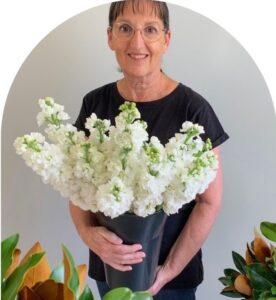 willa floral design team member